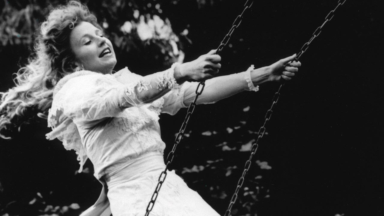 Effi Briest di Rainer Werner Fassbinder: prigioniera delle ombre