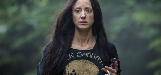 mandy andrea riseborough recensione film