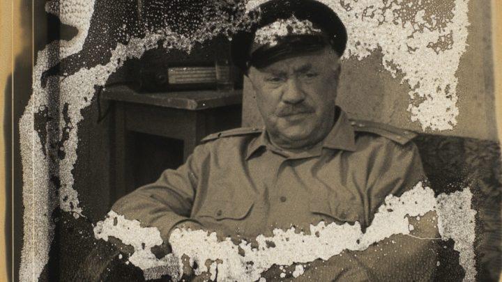 The Village Detective di Bill Morrison: immagini sepolte nell'abisso del tempo