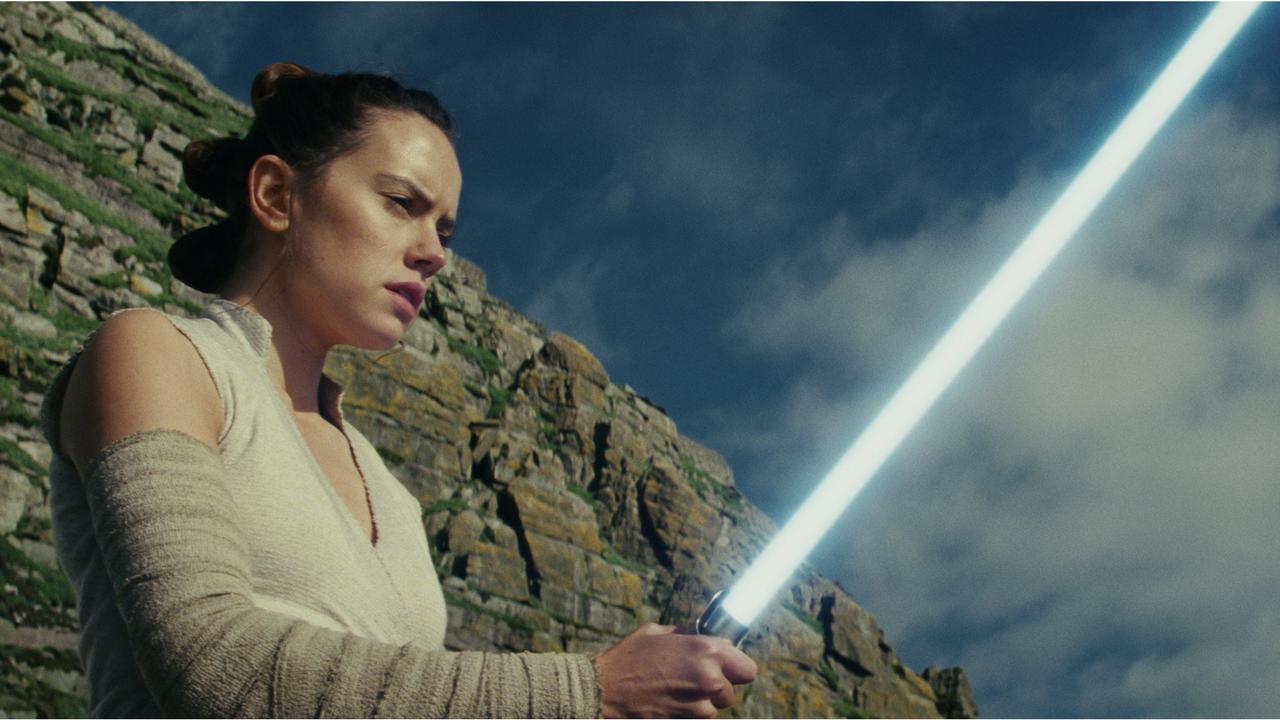 Star Wars – Episodio VIII – Gli Ultimi Jedi, morire e rinascere sotto il segno Disney
